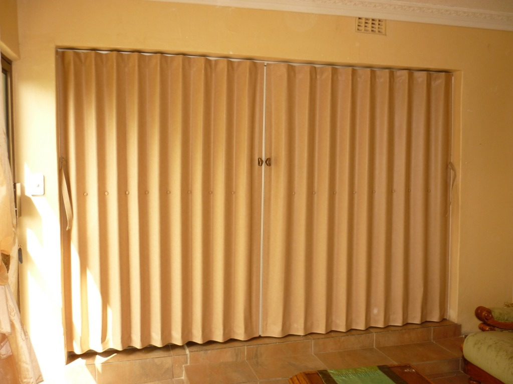 Buy Best Pvc Folding Doors Dubai Abu Dhabi Al Ain Uae